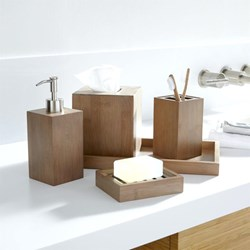 صورة Wooden Bathroom Accessories